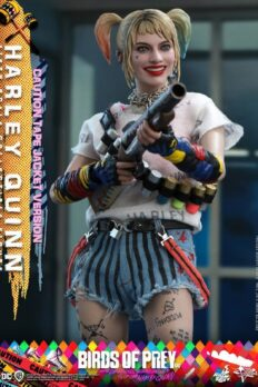 Mô Hình Chính Hãng 1/6 - HOT TOYS Harley Quinn Birds of Prey (Caution Tape Jacket Version)
