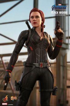 Hot Toys Black Widow Scarlett Avengers: Endgame 1/6 Scale