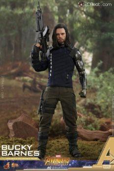 Hot Toys Bucky Barnes Avengers: Infinity War 1:6 Scale
