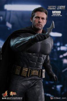 Mô Hình Hot Toys 1/6 MMS456 Batman (Deluxe Version) Justice League