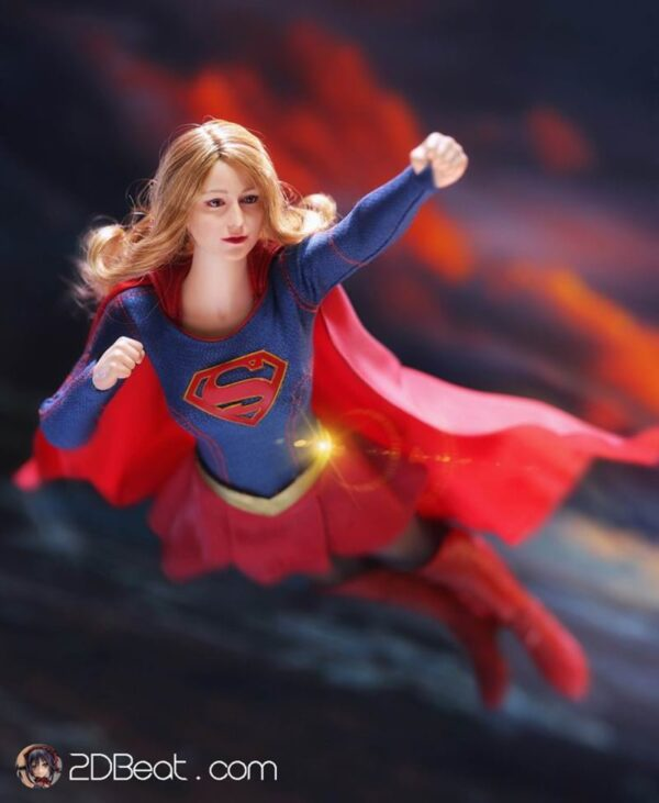 1/6 Scale SuperGirl with Seamless Action Figure Body