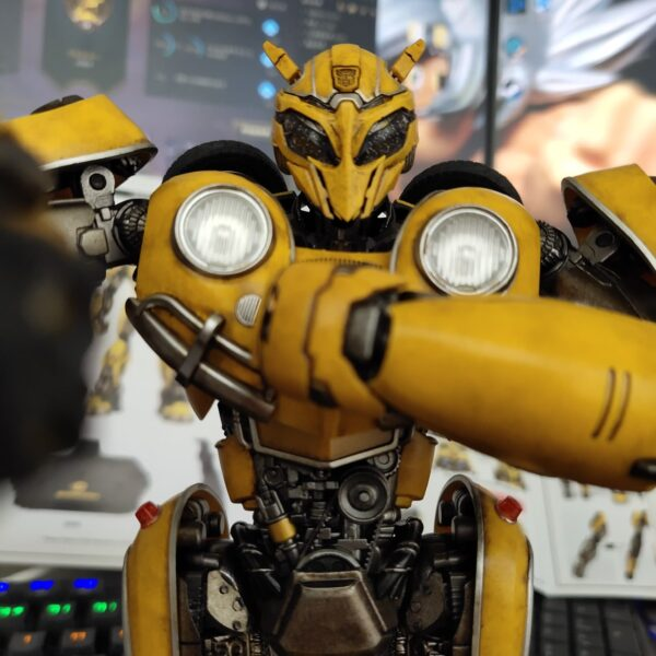 Hasbro x 3A Transformers Bumblebee DLX Premium Scale